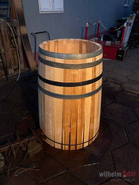 dating barrel claped)